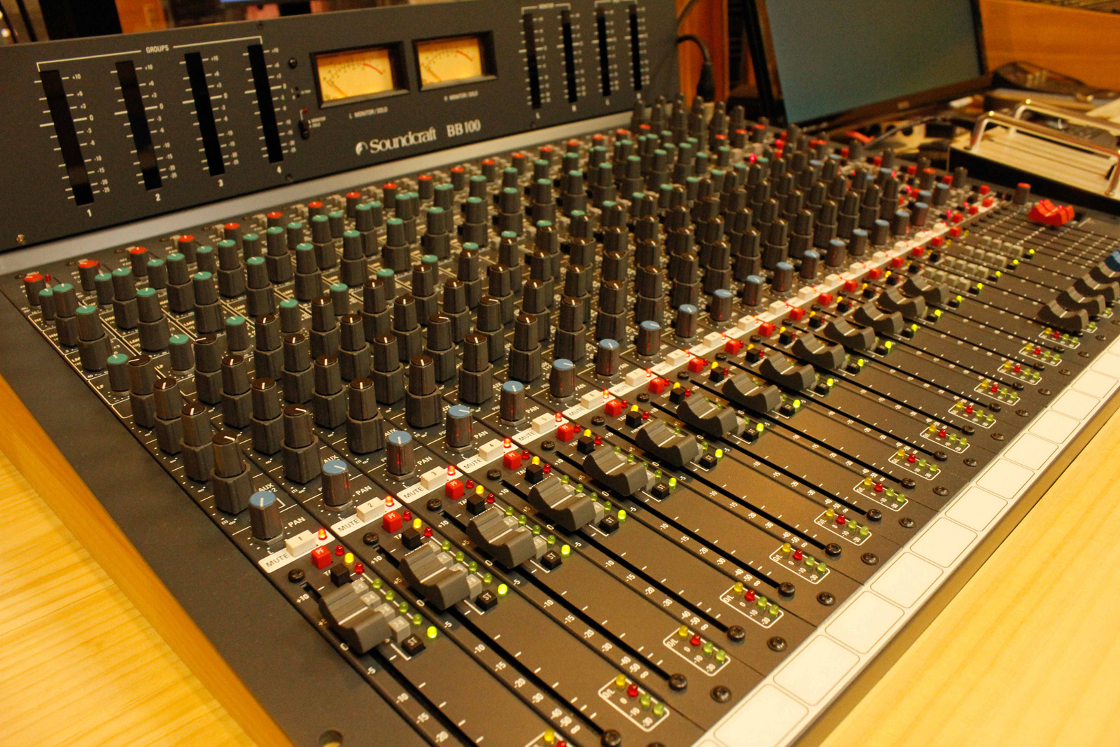 SOUNDCRAFT BB100